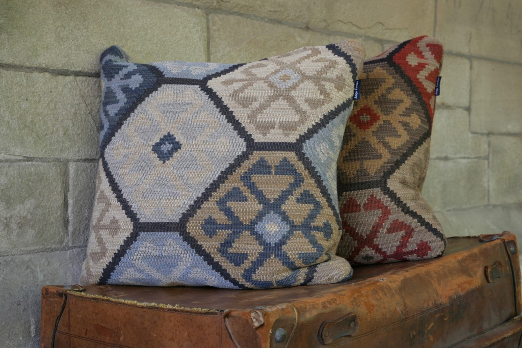 Kalim scatter cushions